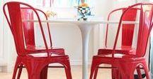 Sedie rosse / Sedie rosse moderne, classiche, vintage, rustiche, country, eleganti, di design, in legno, metallo, imbottite, in tessuto, pelle, per arredare la casa, lo studio, il terrazzo, la pizzeria, l'albergo. #sedie #sedierosse #chairsoutlet.com
