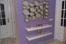 ESPEJOS / Son fabricados a medida un espejo es un artículo decorativo presente en todos nuestros ambientes, ya sea un salón, en un aseo, en un pasillo, en un dormitorio, los espejos además de su funcionalidad tiene un amplio carácter decorativo. Es un artículo que no se pasa de moda nunca.