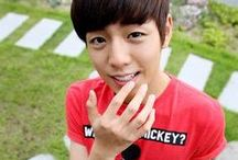 Lee Hyun Woo / by Livie Rodriguez
