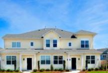 Crofton at Spence Crossing / CROFTON- The luxury villas of Spence Crossing. These 2-or-3 bedroom homes are available in numerous 5 plans, including a downstairs Master Suite. (757) 673-6347 | crofton@dragas.com