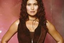 Sydney Fox-Tia Carrere