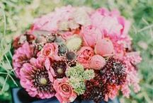 Flowers / Centerpieces, bouquets, boutonnieres - your floral arrangements can be understated or the main focus.  They have the ability to create and set the mood for the wedding and are a great way to establish your color theme.  #flower #engaged #wedding #planestry