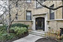 539 W Brompton St #3S / Large, Lakeview East One Bedroom Penthouse