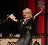 Julshow / Vacker musik, svängiga låtar och julstämning med kända personer från film och TV.