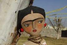 Фрида -куклы / не люблю эту художницу, но образ выразительный, и их , кукол уже столько, что не удержалась...