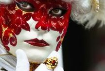 Velencei Karnevál / Hangulatfotók és pillanatképek Európa egyik legnagyobb kosztümös rendezvényéről, a Velencei Karneválról. www.velenceikarneval.hu