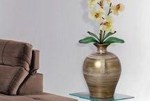Decoração Envelhecida / Com detalhes em strass, a decoração envelhecida é pura sofisticação e requinte. Aposte nela e dê mais valor ao seu ambiente.