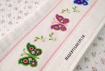 Cross Stitch Borders / Modern designs in fresh colours will make a wonderful  gift on towels and bibs!