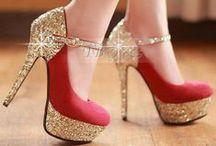 Shoes Shoes Shoes / Shoes carry a woman!