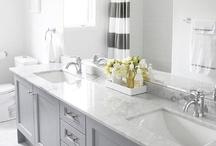 Bathrooms / Pretty Bathrooms / by Evelyn Fredrich