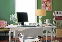 Office / Pretty Office Spaces / by Evelyn Fredrich
