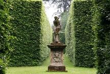 Gardenstatues