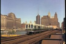Chicago's 'L' Trains / See historical photos of Chicago's elevated train system, the 'L'. The 'L' started running in 1892 with just four coaches carrying thirty passengers.