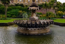 IN LOVE WITH FOUNTAINS