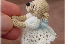 CROCHET ANIMALS, TOYS & DOLLS / by Renee Lowery