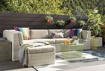 Outdoor Furniture / by Evelyn Fredrich