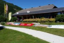 """Charity-Golfturnier 2015 / Mit 55 Teilnehmern war der traditionelle Charity-Golfturnier des Lions Club Lungau die erfolgreichste seit Jahren. Der Reinerlös kommt der Lungauer Friedensfltte """"Mare More"""" sowie der Suizidprävention zugute."""
