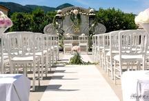 Wedding ceremonies - Cérémonies de mariage / Wedding ceremonies in France -- Cérémonies laïques de mariage en extérieur