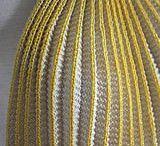 Maschen Manipulation / Interessante Formgebungen, Einnäher, texturiertes stricken, 3 dimensionale Oberflächen einarbeiten. Interesting ways of shaping knits. Darts, knitted texture, 3-dimensional knitting.