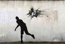 Street Art / Tags, mosaïques, stickers, pochoirs, détournements urbains... La rue transformée en galerie d'art.