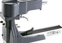 Aggraffatrici per cartone - Carton closing staplers / Carton closing staplers Romeo Maestri. High quality products.