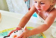 SENSORY | activities / Sensory play ideas and activities for babies, toddlers, pre-k, kindergarten, preschool, daycare, childcare and  early childhood education.  Includes the best sensory bins, sensor gardens, and all time favourite sensory bottles for children.