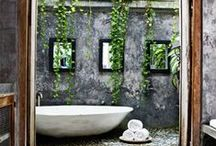 Beautiful Bathrooms / Can you imagine yourself living in one of these beautiful bathrooms?