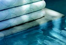 Drifting Off... / Yves Delorme Fugace and Silence designs. CREATIVE OBJECTIVE  Describing fleeting feelings and subliminal emotions. Letting go, the intermediary state between alertness and drifting off to sleep. Burrowing deep under the covers in total relaxation and serenity.