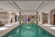 Armourcoat Swimming Pools / Polished Plaster decorative wall finishes create a wonderfully natural backdrop to any swimming pool environment.