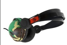 headphones for listening to music / These headphones are easy to carry when you travel. With the quality music produced by these headphones you are easily workout without any complexity.