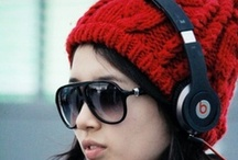 Good Stylish Headphones / Get lost in the all new music experience provided by Beats by Dre pro headphones.