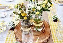 Arts de la Table / Spring Tabletops / De jolies fleurs, quelques couverts et un brin de décoration suffisent à égailler une jolie table. Quel plaisir d'accueillir ses proches !