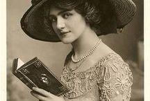 Postcards Pics: Portraits / A collection of postcards portraits.