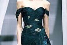 Inspiratie: Rochii de ocazie - modele complexe / Croieli atipice, rochii sirena, aplicatii de perle sau cristale, aplicatii dantela, flori executate manual.
