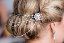 BRIDAL ACCESSORIES / Wedding accessories we love