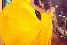 Cinderella's dress .