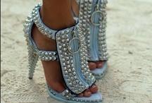 Fashion ~ Unusual / by Debbie Leggett