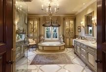 Salle de bains / by Wanda Wells
