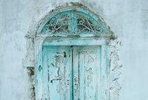 doors / by Julia Belzetsky