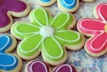 Food/Drink ~ Cookies / by Debbie Leggett