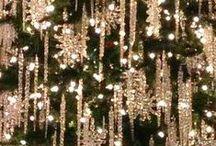 HOLIDAYS : Christmas Decorating