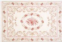 EYVAN SERİSİ / Sevgili Atlas Halı Dostu,   Eyvan, evin avluya açılan bölümüdür, en sıcak günde bile insanı ferahlatır. Eyvanda keyif yapmak gibisi yoktur.  Sizlere çok ferah bir halı sunmak istedik. Evinizi dinginleştiren, gözünüze ve gönlünüze hitap eden halılar tasarladık. Pastel renkler ve floral motifleri bir arada harmanlayıp, geleneksel Atlas Halı farkıyla evlerinize Eyvan ferahlığını sunuyoruz. Uzun yıllar keyifle kullanmanızı dileriz.