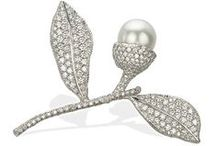White Pearl Jewellery (For Coats) / by George Clooney