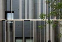 """Fassaden I  facades / """"Äußeres verschattet nach innen, Inneres strahlt nach außen.""""  H. Rings"""