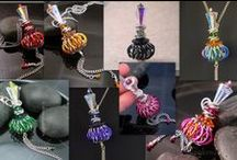 DaisyKreates chainmaille and more... / a show-and-pin of my chainmaille (and other fun) creations