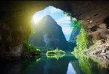 Ninh Binh- ein idealer Reienort für alle / Ninh Binh liegt im Norden Vietnams. Dank der vollkommenen geographischen Lage befinden sich viele wunderschönen Sehenswürdigkeiten. Neben den natürlichen Destinationen bietet NInh Binh die Touristen auch viele künstliche Reiseziele+++ Ninh Binh is located in the North of Vietnam. Thanks to its ideal geographical Location, there are many wonderful Landscapes. Moreover, there are also artificial Destination in Ninh Binh.