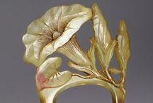 Jewellery...Elizabeth Bonte & others / Carved Horn in Art Nouveau Jewellery / by Rosa de Vaux