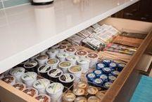 Kitchen Organization / Keep your kitchen clean with these organization ideas.