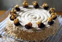 cakes and sweet tarts~~ recipe~~ / by Geesje Kupers