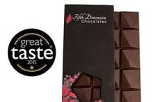 Tablettes - Chocolate Bars / Our Tablettes chocolate bars are made from premium fine-flavour (fino de aroma) single-origin cocoa.  The 70% cacao dark chocolate, made with our own blend of cacao from 2 different regions in Colombia, won a Great Taste award in 2015.